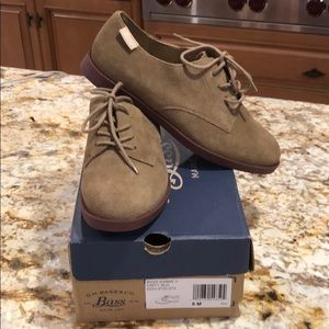 New BASS Super Comfortable Suede Tie Lace up shoes